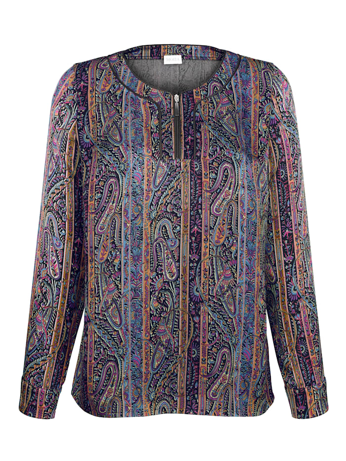 Pull-on blouse with a classic paisley print