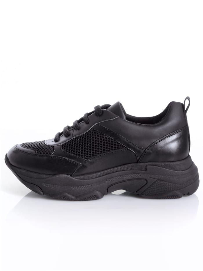 Sneaker in sportief model