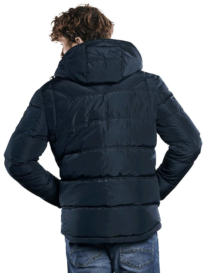 Sportive Jacke
