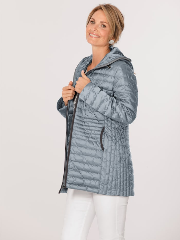 Longline quilted jacket in an on-trend design