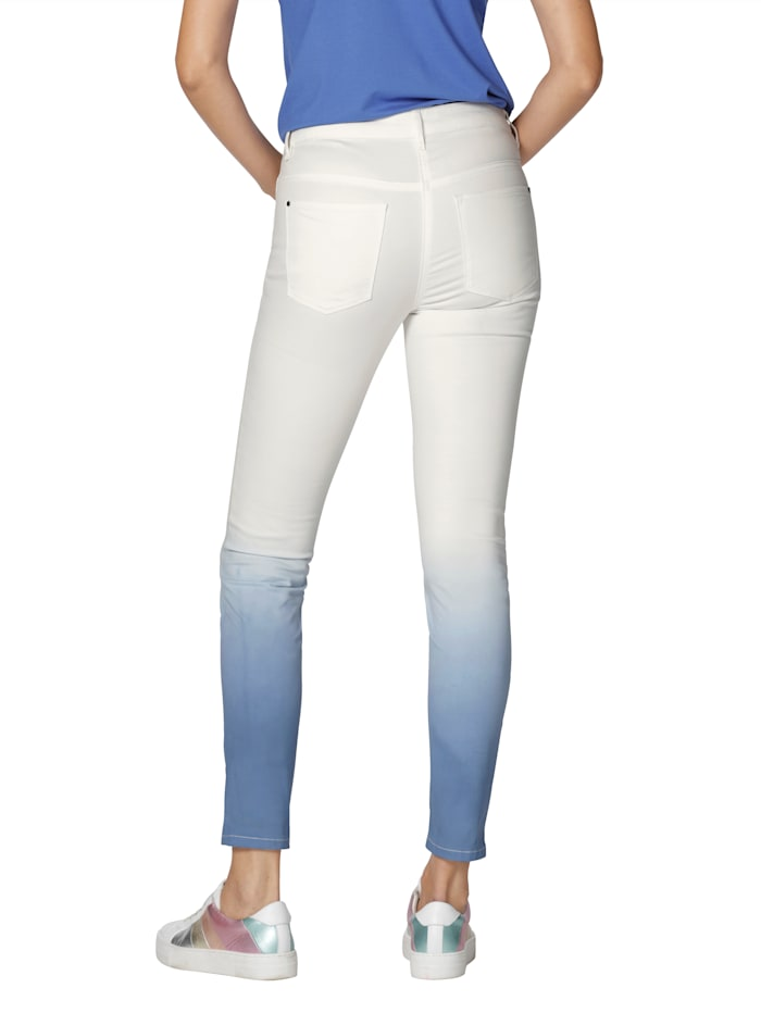 Jeans mit Farbverlauf