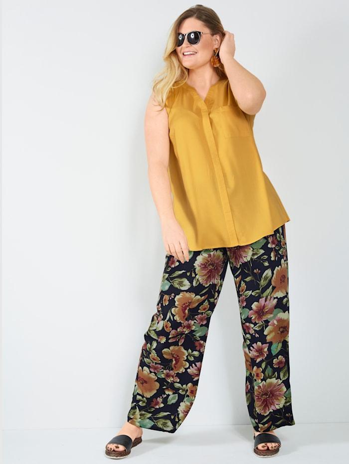 Hose mit Blumendruck