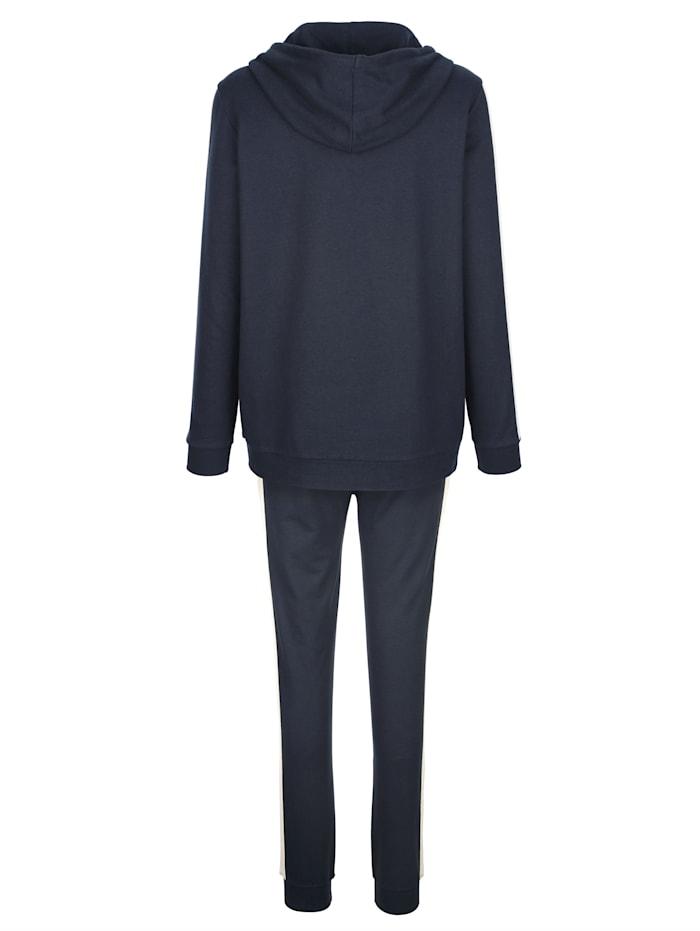 Loungewear set with stylish glitter detailing Set