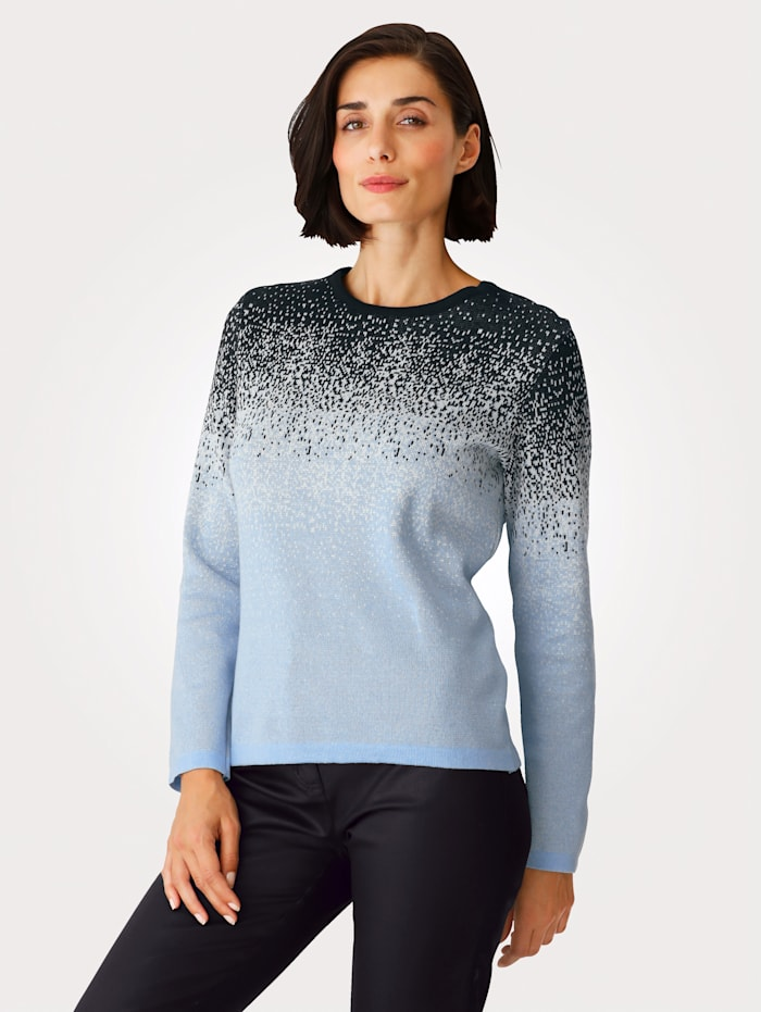 Jumper with colour gradient