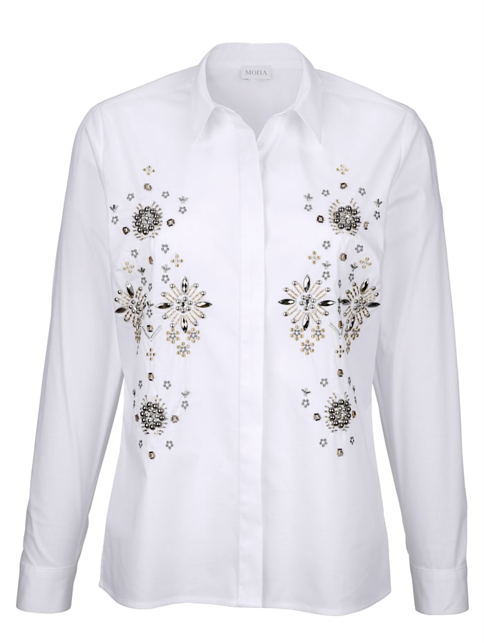 Blouse with decorative beads