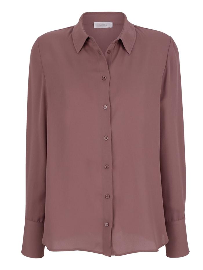 Bluse in klassischer Hemdblusenform
