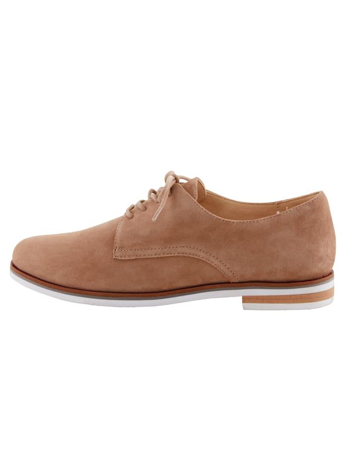 Šněrovací boty v klasickém vzhledu