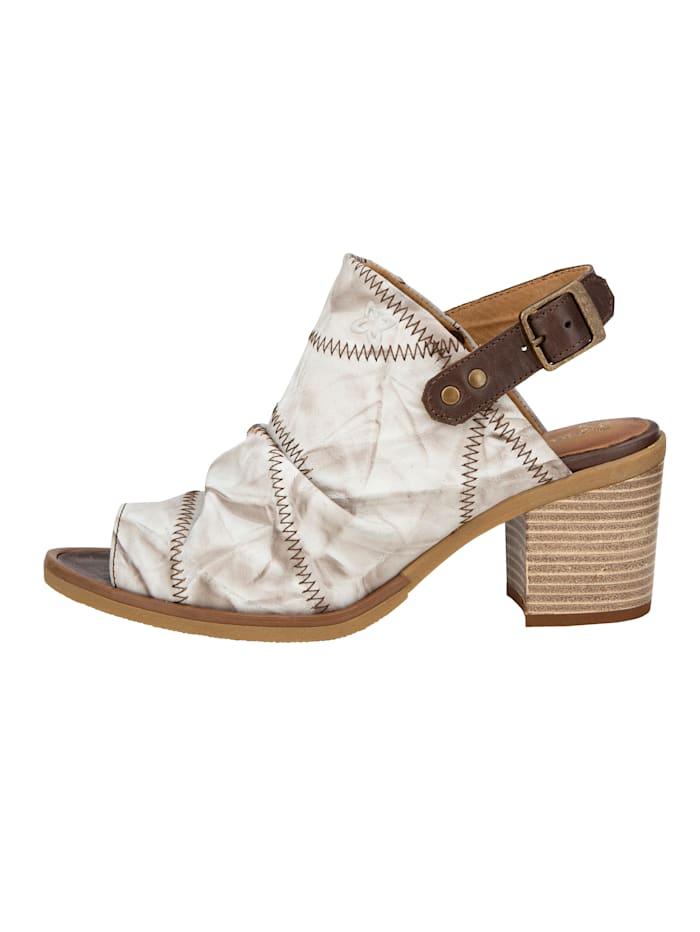 Sandale mit kontrastfarbigen Ziernähten