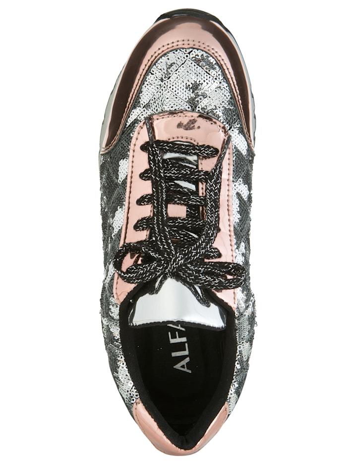 Sneaker mit angebrachter Pailletten-Verzierung