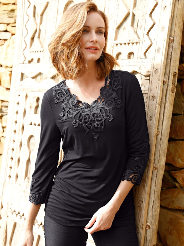 Paola Shirt mit Spitzenapplikation, Schwarz