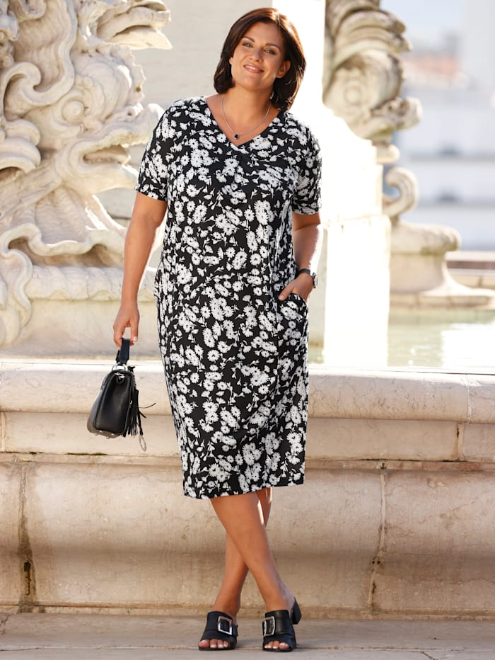 m. collection Jersey jurk met sierknopen aan de hals, Zwart/Wit