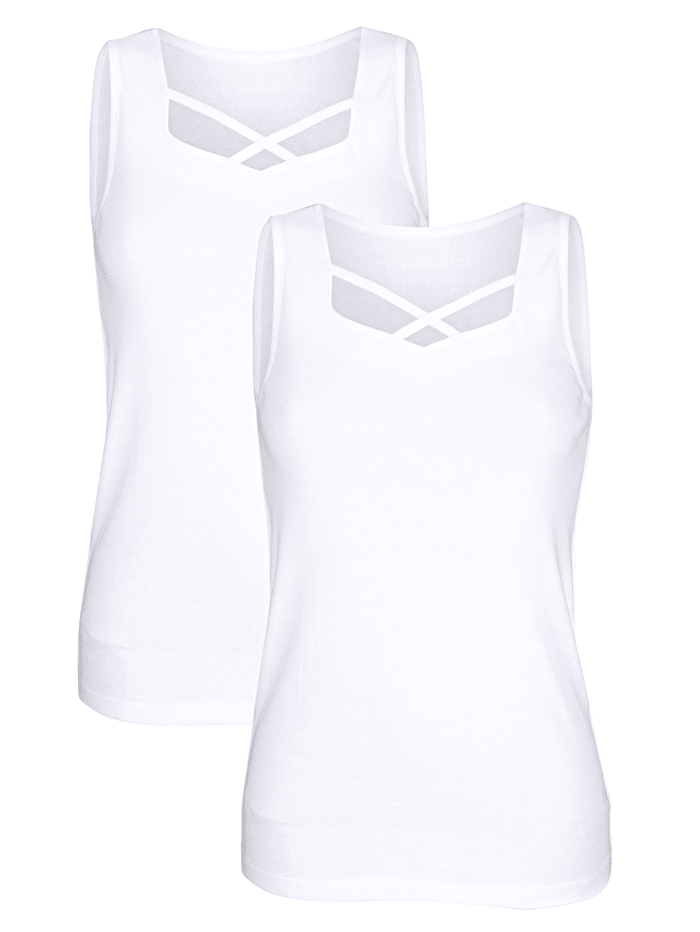 Hemdchen mit dekorativem Ausschnitt
