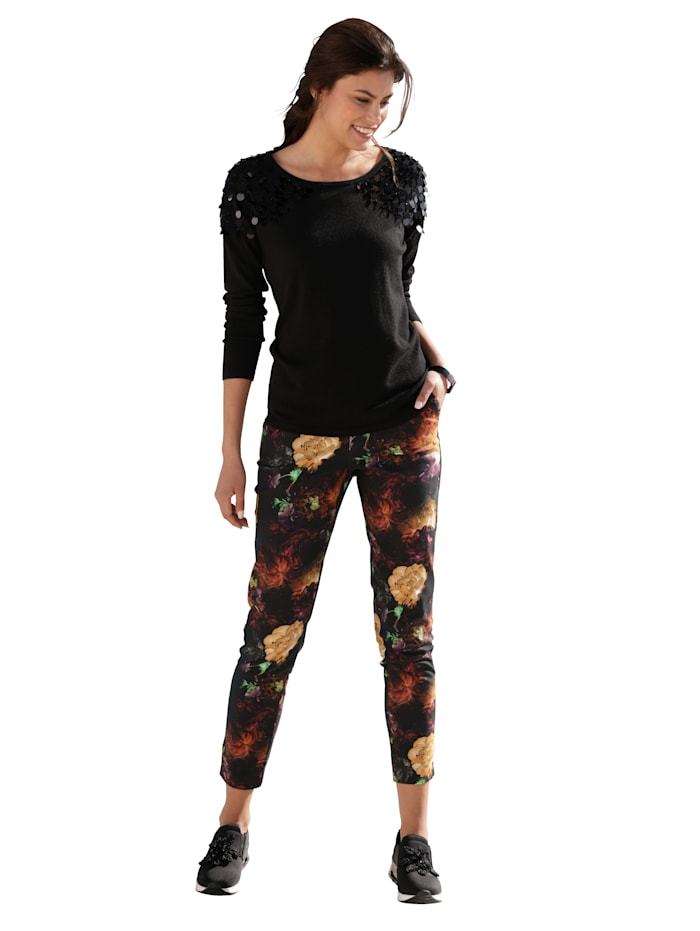 Pullover mit Pailletten-Verzierung an der Schulter