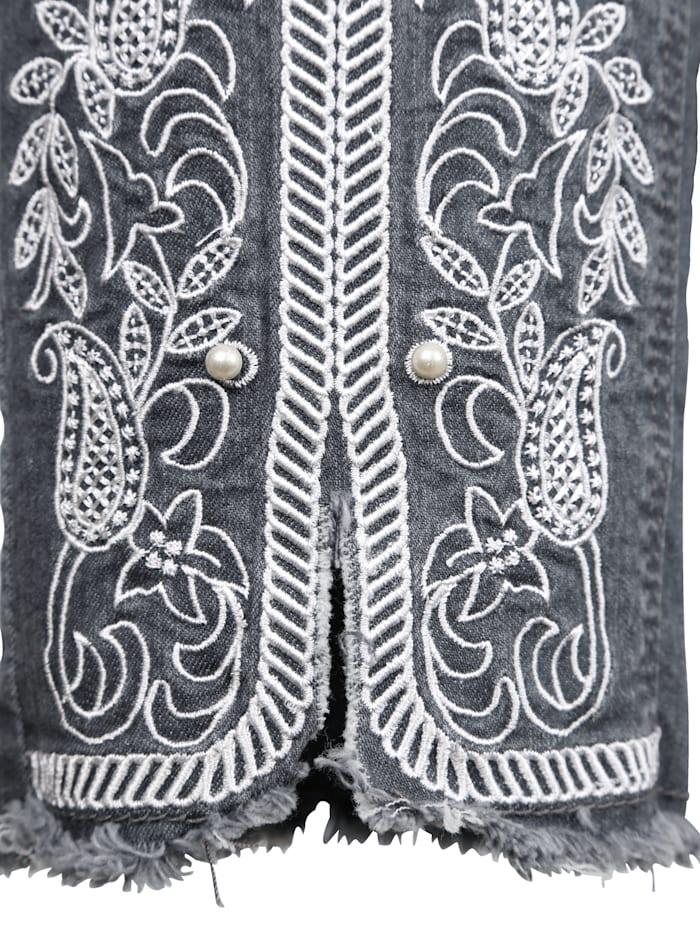 Jeans mit kontrastfarbener Stickerei am Saum