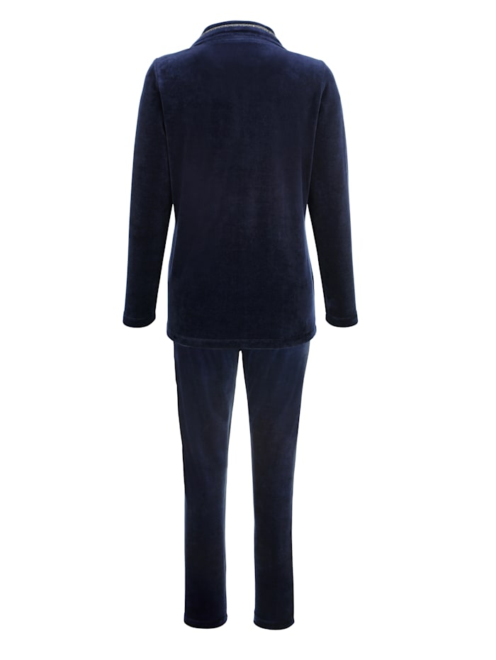 Loungewear set made from soft cotton blend