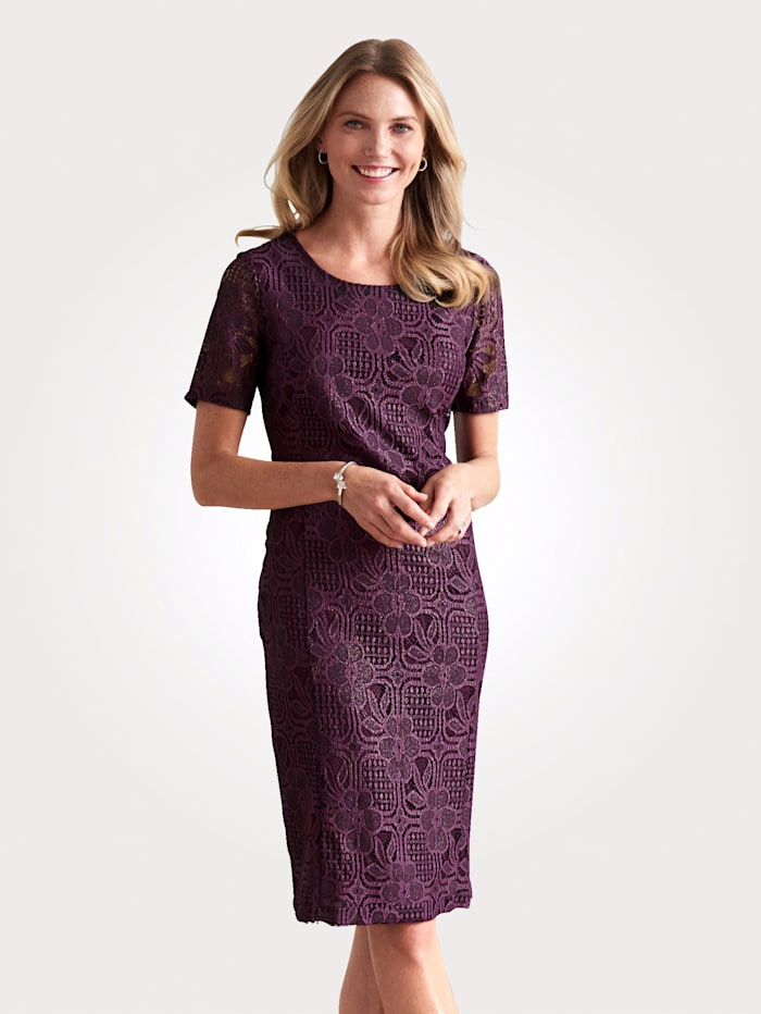 Lace dress with a subtle shimmer