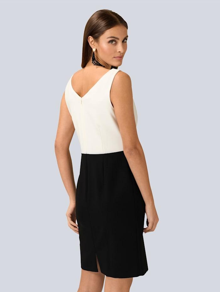 Kleid mit dekorativem Spitzenband in der Taille