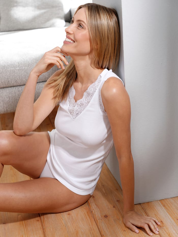 Vest top with a shimmering lace trim