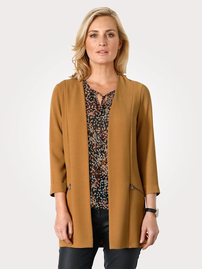 Blouse blazer made from a durable crêpe fabric