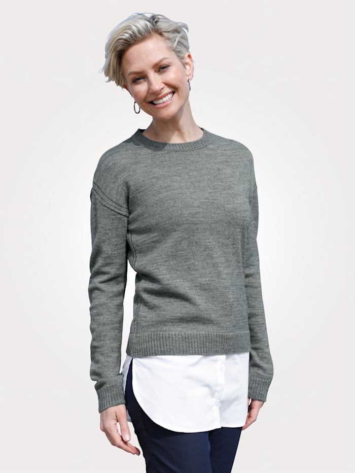 MONA Pullover in 2-in-1-Optik, Grau/Weiß
