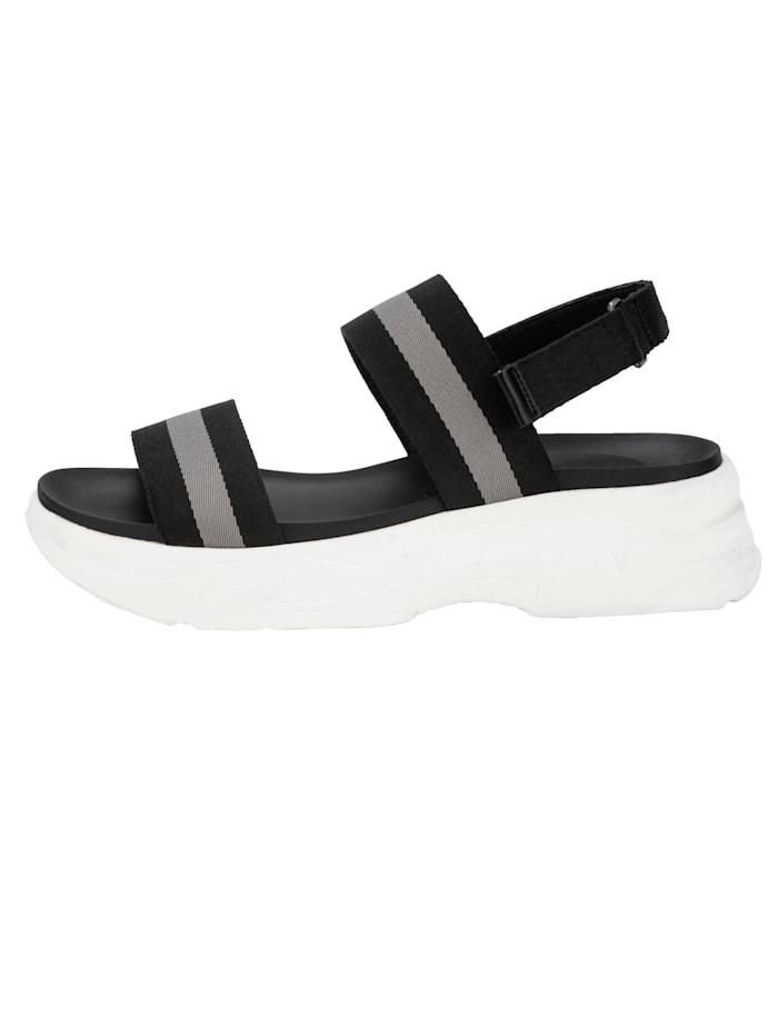 Sandaler med kardborrerem om hälen