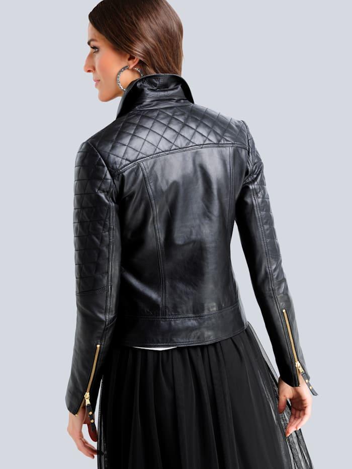 Leren jasje in trendy bikerstyle