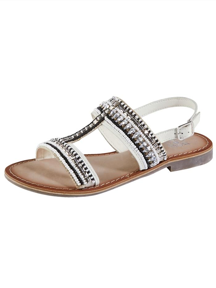 Sandaaltje met mooie kraaltjes- en steentjesversiering