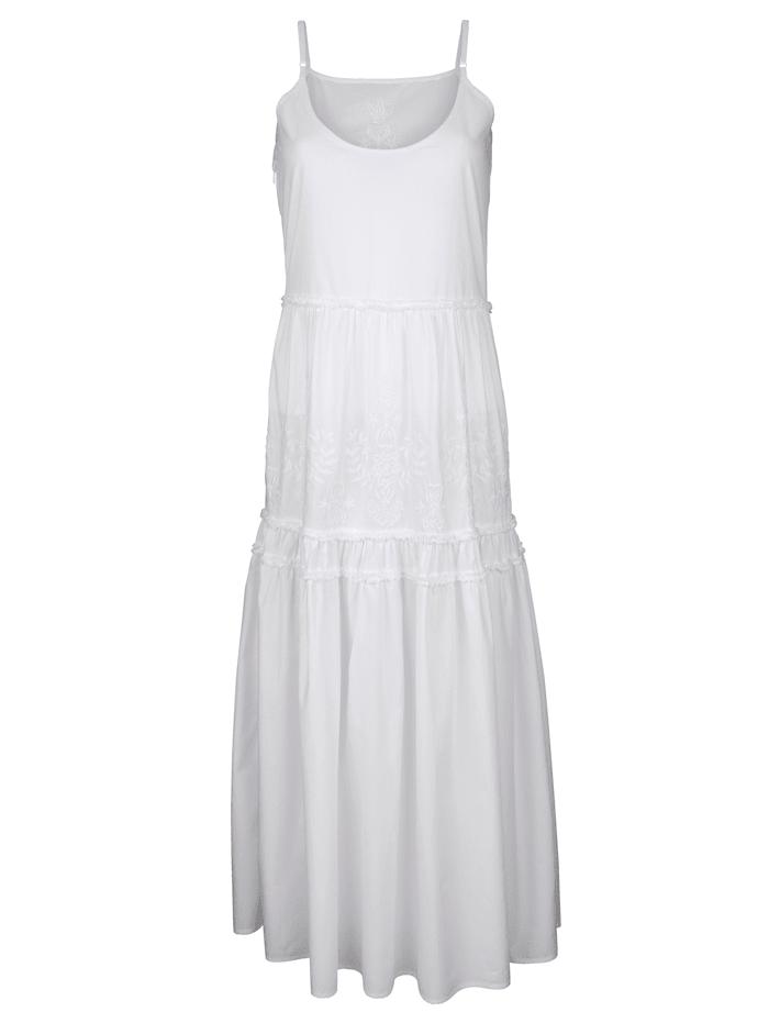 Kleid mit Rüschen und Stickerei
