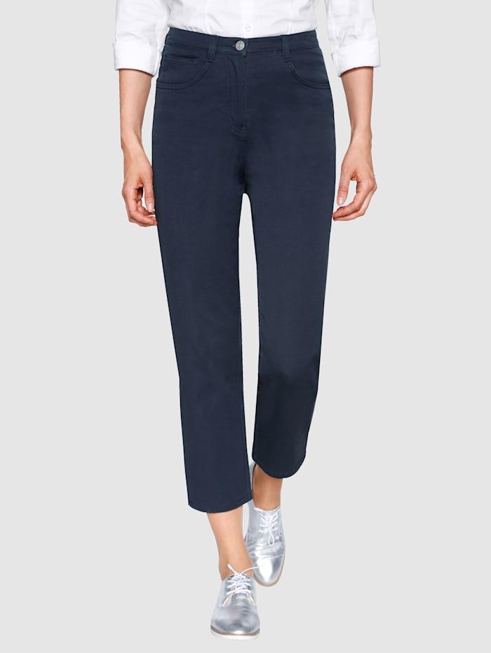 Dress In 7/8 Edeljeans in komfortabler Passform, Marineblau