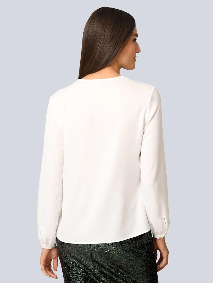 Bluse mit Falten am Ausschnitt
