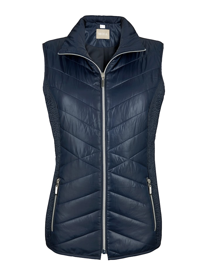Quilted gilet in a flattering design