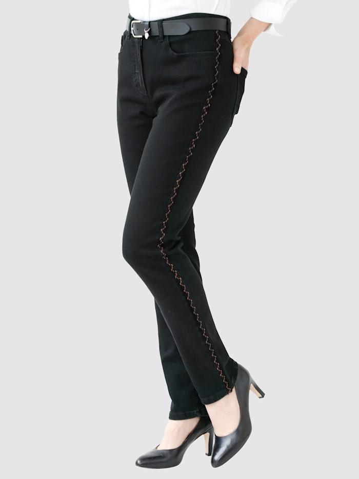 MONA Jeans mit kupferfarbenen Galonstreifen, Schwarz/Kupferfarben