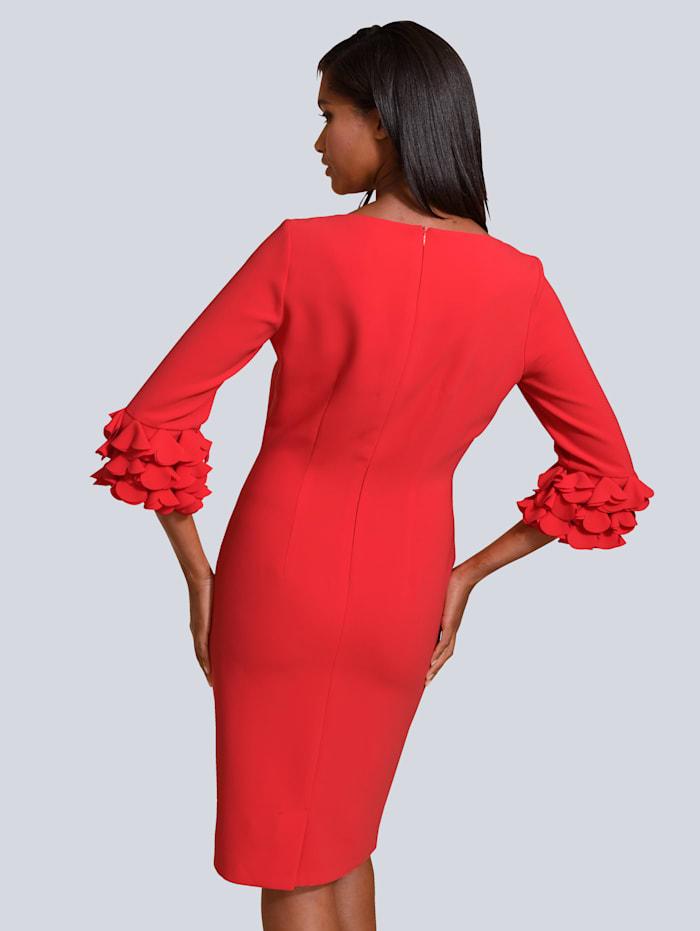 Kleid mit eleganten Details an den Ärmeln