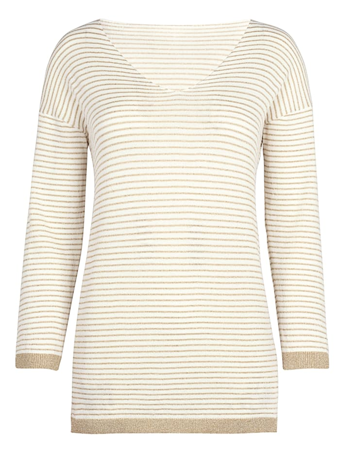 Jumper with an on-trend stripe pattern