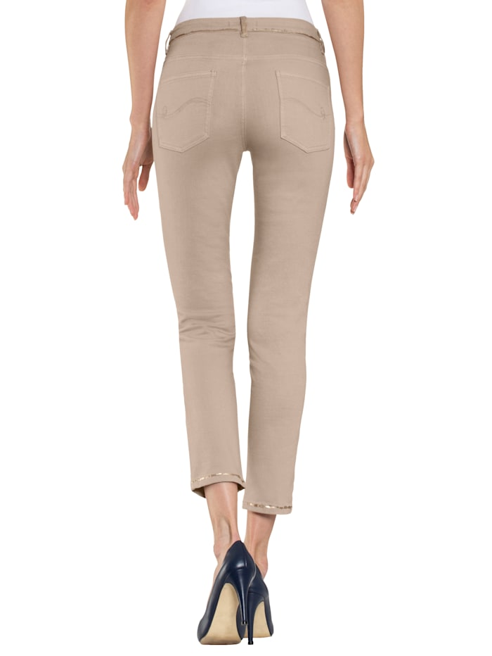 Jeans mit Folienprint