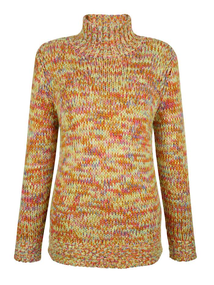 Pullover in effektvollen Farben