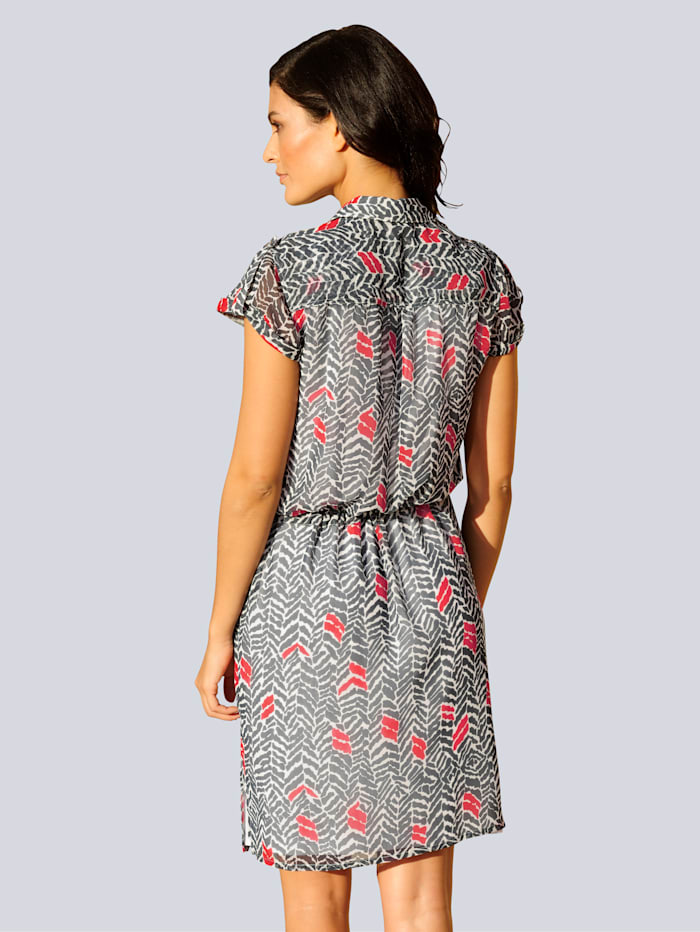 Kleid in grafischem Dessin allover