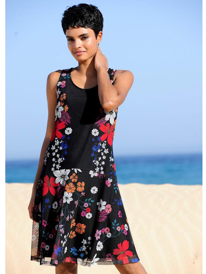 Strandkleid aus Meshware