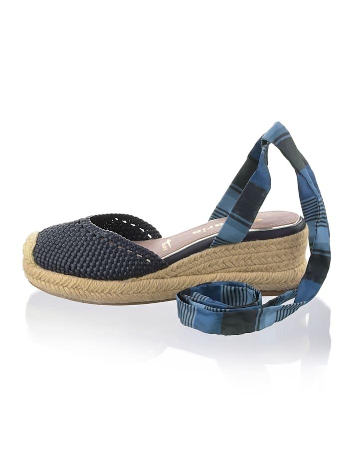 Sandaaltje met bandjes van textiel