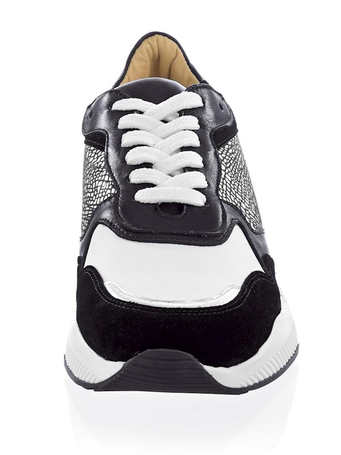 Sneaker in sportiver Chunky-Form
