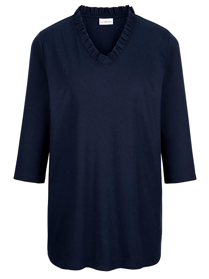 Tričko s riasením na výstrihu
