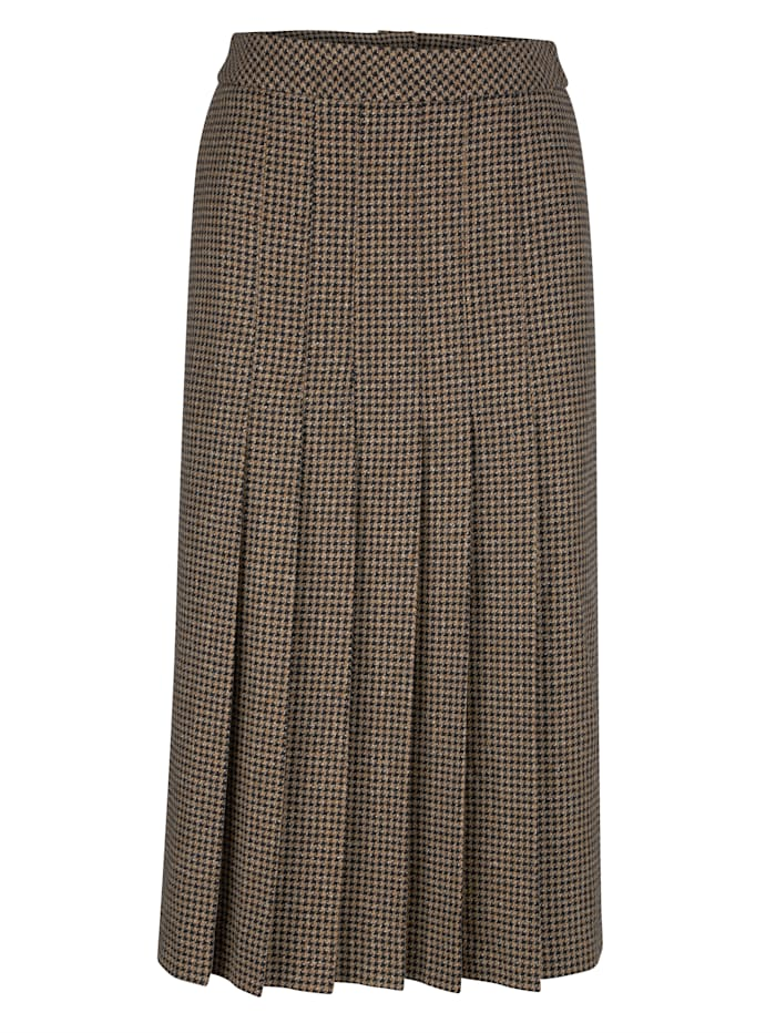 Skirt with a houndstooth pattern