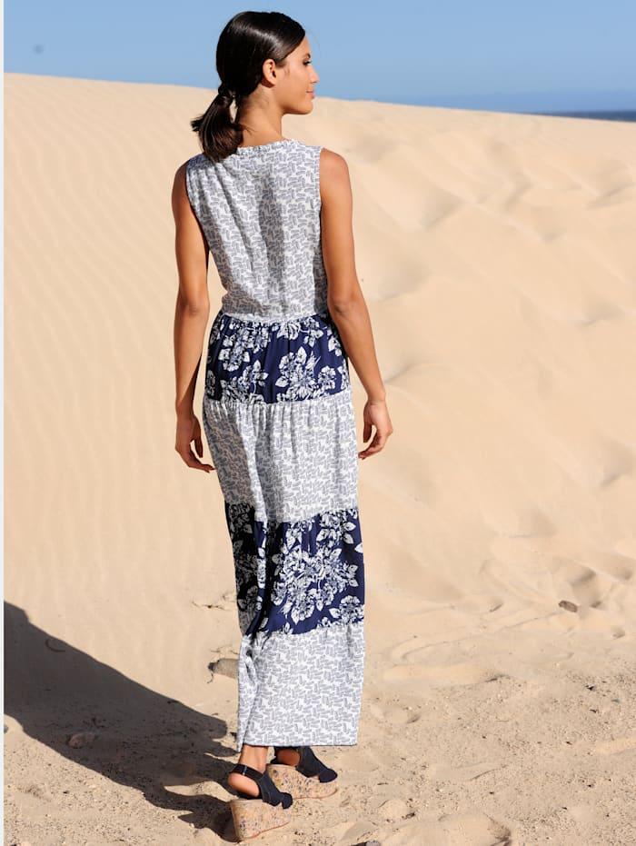 Strandkleid mit Stufenrock