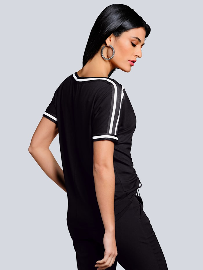 Shirt mit kontrastfarbigen Bordüren