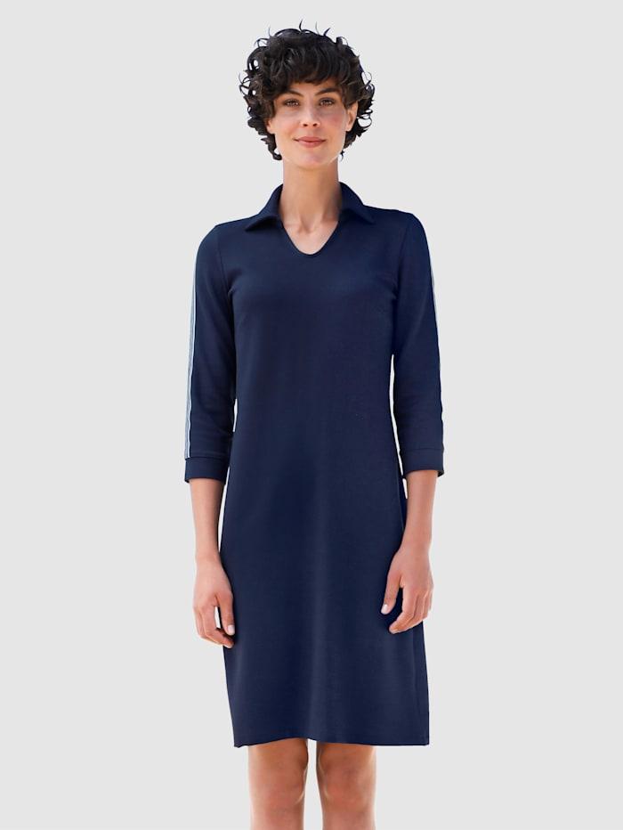 Dress In Klänning med kontrasterande band längs ärmarna, Marinblå