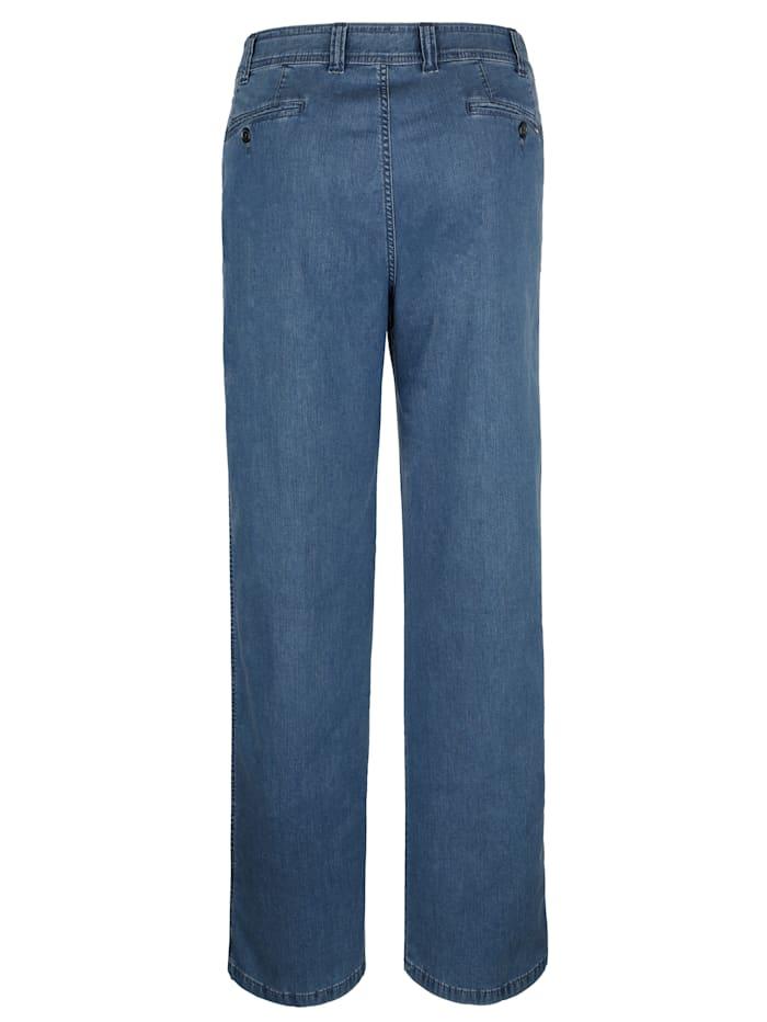 Jeans i temperaturutjämnande material