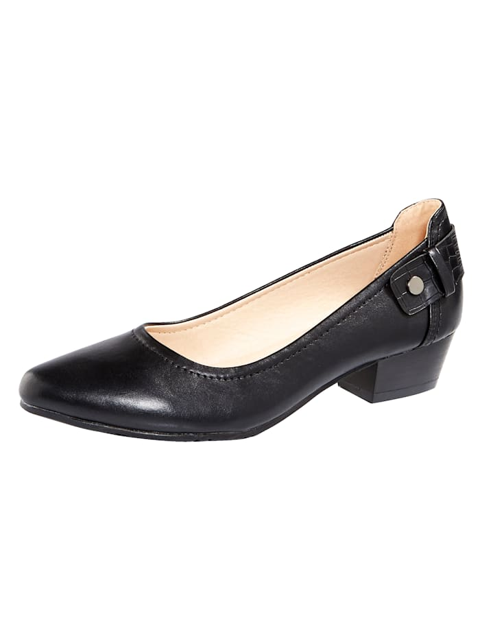 Liva Loop Court shoes with a pointed toe, Black