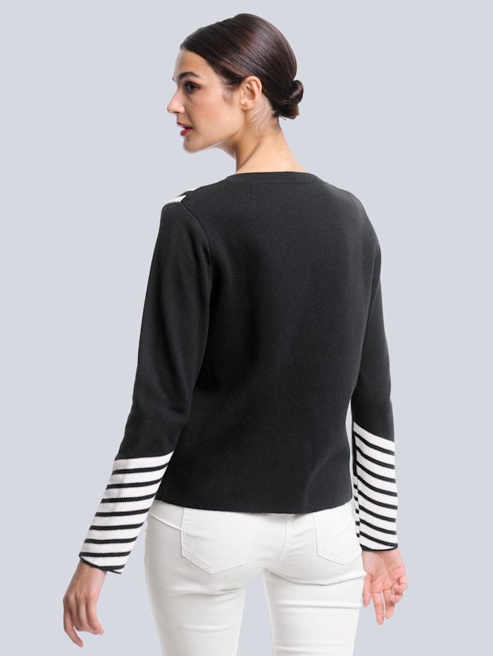 Pullover im grafischen Jacquardstrick