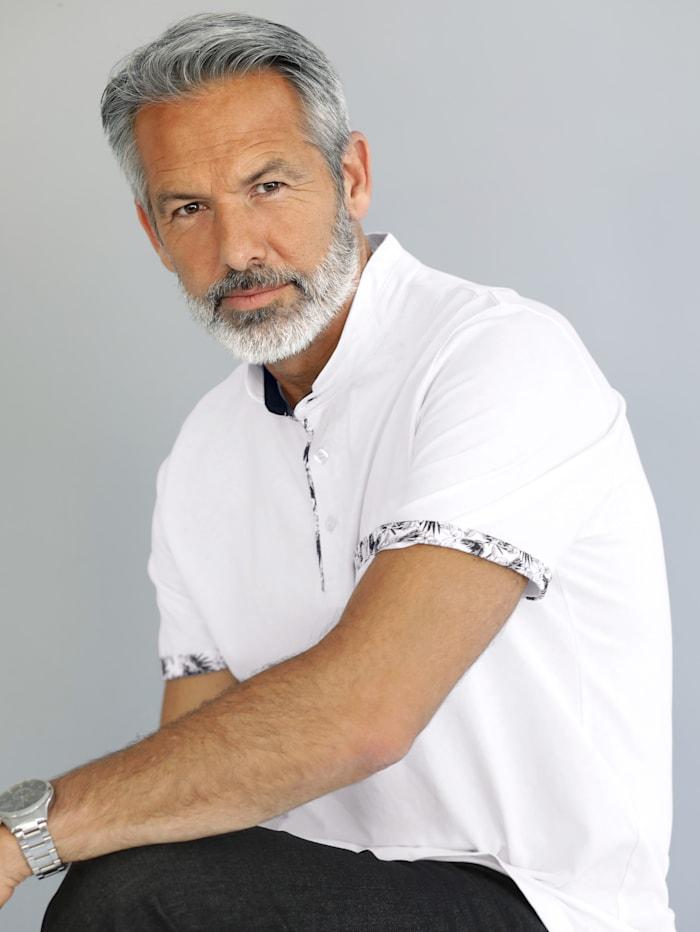 BABISTA Shirt mit modischem Stehkragen, Weiß