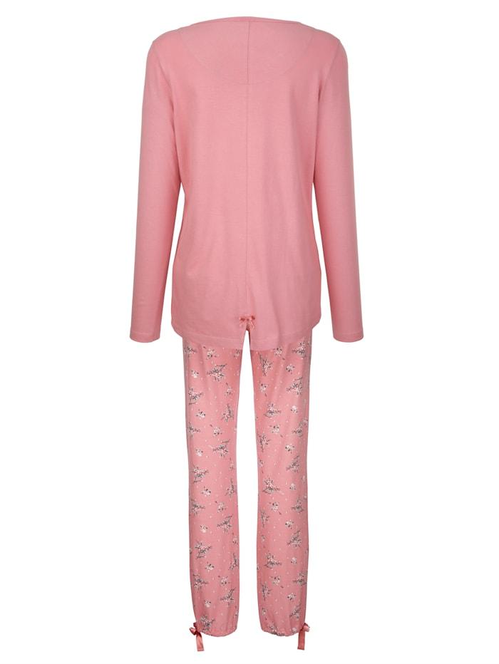Schlafanzug mit modischem Schlitz im Rückteil